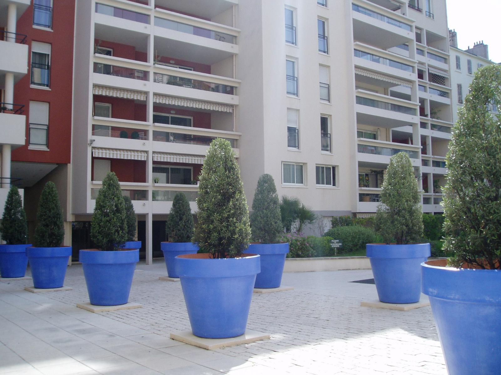 Appartement t2 louer marseille 13006 for Appartement 13006 terrasse